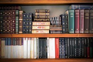 шкафы для библиотеки на заказ